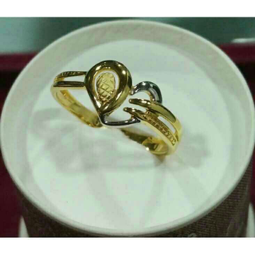 916 Gold Italian Ladies Ring