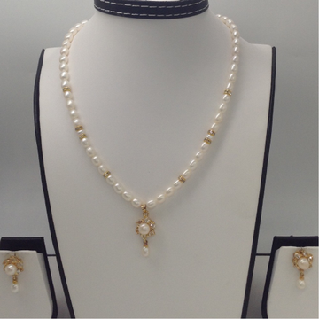 White CZ And Pearls PendentSet With OvalPearls Mala JPS0045