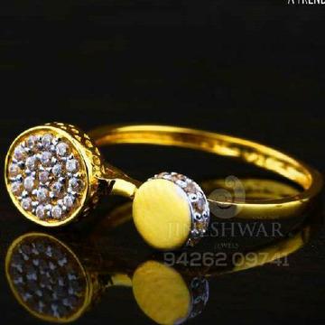Fancy Ladies Ring