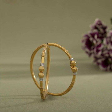 22KT / 916 Gold Fancy casual ware Kadli bangle for... by