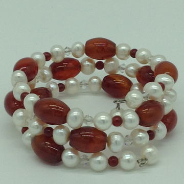 White Potato Pearls And Amber Stone With White Crystals Spiral Bracelet JBG0160