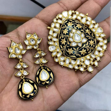 Antique Bikaneri Minakari Pendant Set