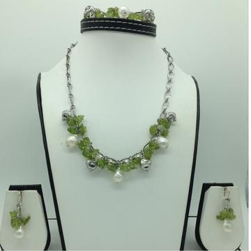 Freshwater WhitePearls and PeridotSilver Necklace Set JNC0077