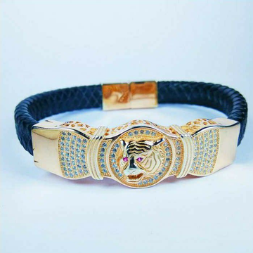 Fancy 925 Silver Gents Leather Bracelet With Tiger Face