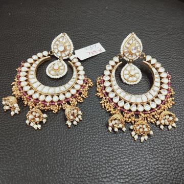 Kundan earring p 372
