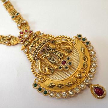 916 gold sw. stone antique long set by Vinayak Gold