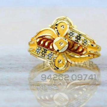 Fancy Exclusive Ladies Plain Ring LRG -830