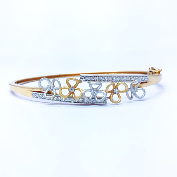 FANCY FLOWER ROSE GOLD KADA BRACELET