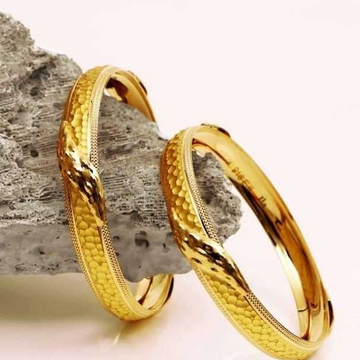 22 K Gold Fancy Bangles. NJ-B01002