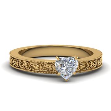 22kt gold detailed and diamond studded ring for women jkr010