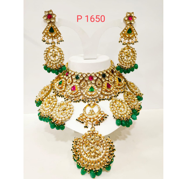Hanging emerald and ruby beads with choker antic maharani work necklace 1234