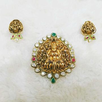 Geru polished golden antique temple pendant and earring set with bikaneri kundan combination of antique design  1066