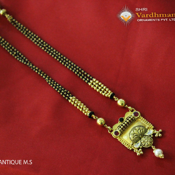 22ct(916) Antique ms by