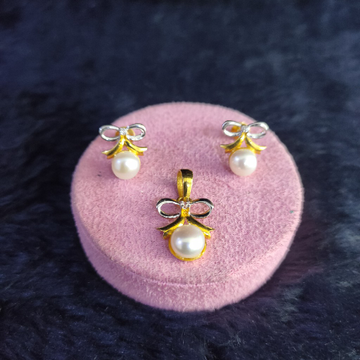 22KT/916 FANCY PEARL NORY PENDENT BUTTI SET GPBS-120