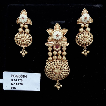 22KT Yellow Gold Elegant Kundan Antique pendent Set For Women