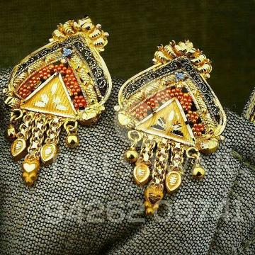 Attractive Plain Gold Kalkatti Butti