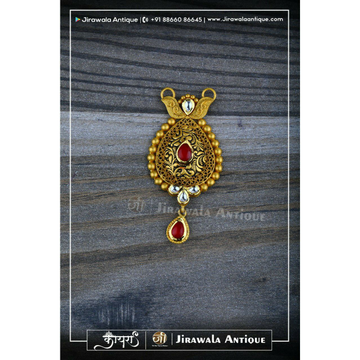 Antique Jadtar Mangalsutra Pendant In 22kt Gold With Chapai And Single Beni Work