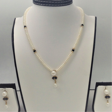 White , black cz and pearls pendent set with flat ...