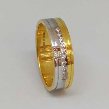 18 Kt Gold Gents Branded Ring by