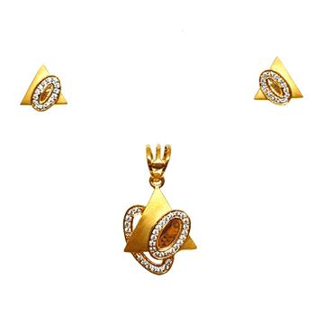22K Gold Triangle Shaped Matte Finish Pendant Set MGA - PTG0133