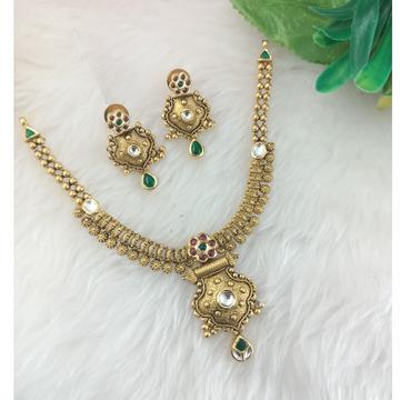 Antique set by Ranka Jewellers
