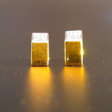 18 ct. gold tops