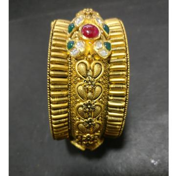 22KT Gold Antique Bridal Bangles KG-B003 by Kundan