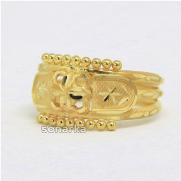 22ct 916 Yellow Gold Ladies Ring Indian Frosted Design Triple Pipe Bands