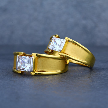 Exclusive solitaire couple engagement gold ring-cr01