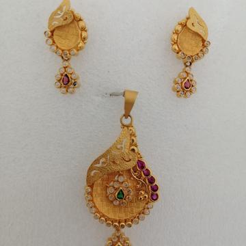 916 gold uncut diamond pendant butty set by Vinayak Gold