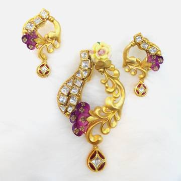 916 Gold Antique Pendant Set RHJ-5578