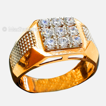 18KT Rose Gold Attractive Gents Ring