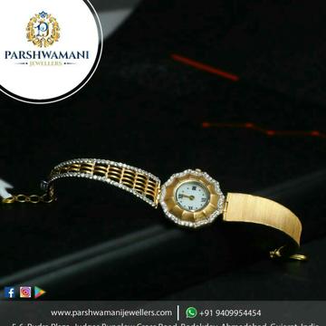 Gold Designer Ladies Watch 916
