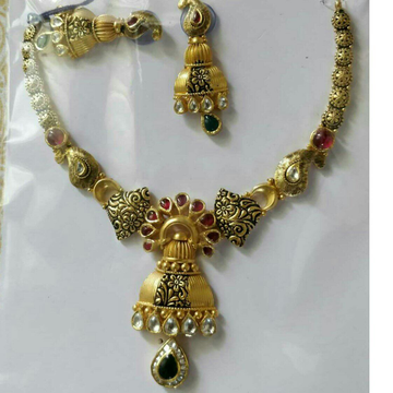 22K / 916 Classic Gold Ladies Jadtar Wedding Necklace Set