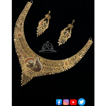 22 carat gold traditional ladies necklace set RH-NS361