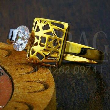 Fancy Designer Solitar Stone Ladies Ring LRG -0401
