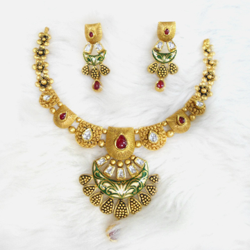 22Kt Gold Antique Bridal Necklace Set RHJ-5583