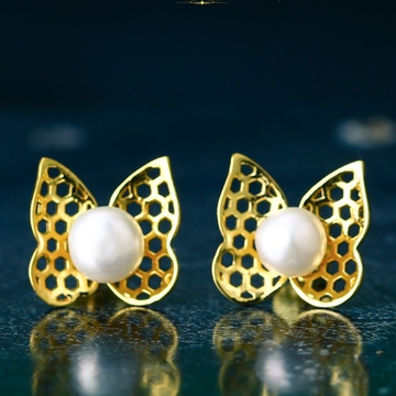 18K Gold Butterfly Design Pearl Tops