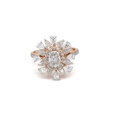Beautiful fancy ring with pie cut & pear shape dia...