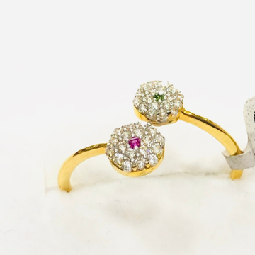 Delicate gold ring for women