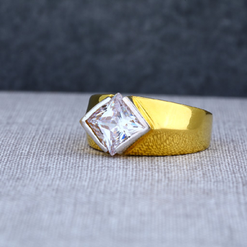 22Ct Mens Designer Solitaire Gold Ring-MSR05