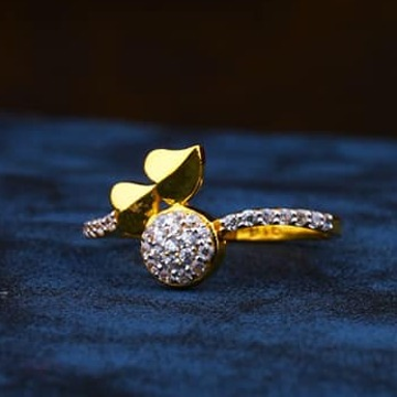916 Gold Ladies Ring LR-0032