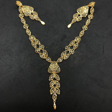 916 gold delicate necklace set by