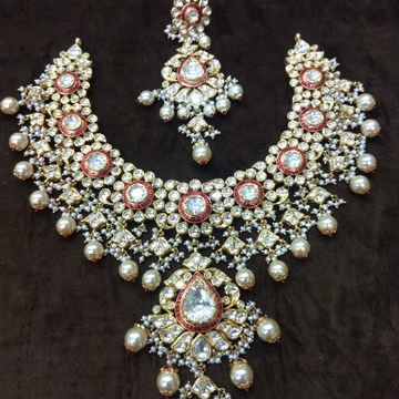 916 gold kundan red meenakari necklace set