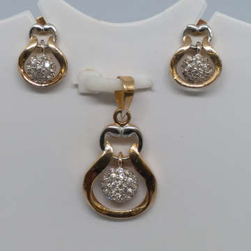 18 kt rose gold pendent set by Zaverat