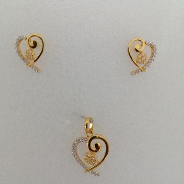 916 gold heart shep butty pendant set by Vinayak Gold
