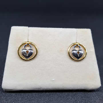 22k Gold Earring