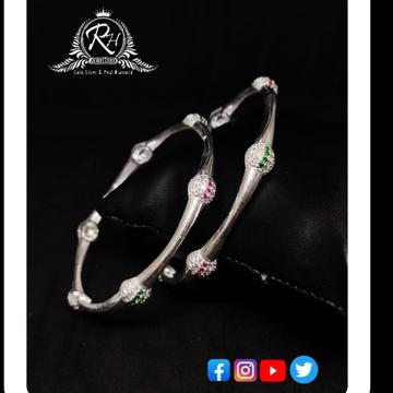 silver ladies designer bangles at best price RH-LB630