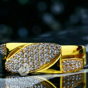 Cz Gold fancy Gents Ring 916