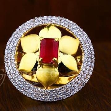 916 Gold Round  Ladies Ring RH-LR001